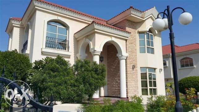 SRA20 5br semi furnished villa for rent in saar close to Alosra