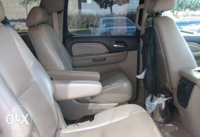 GMC Yukon Denali long regal 2011 المنامة -  7