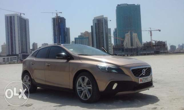 Volvo V40 Cross Country, Fully Equipped, AWD, 5700 OBO or 115/Mon