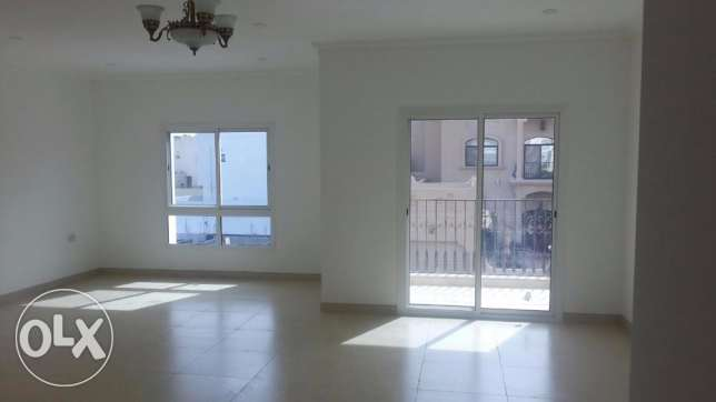 Brand new 3 Bedrooms apartment in Saar / Maids room / Balcony