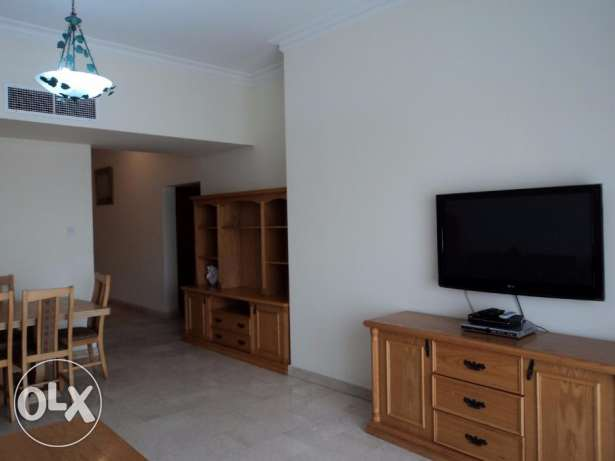 Furnished 2BR Apartment near ALosra: Cont: Tony