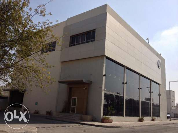 Commercial building for Rent in Bahrain. Suitable for Customer Service