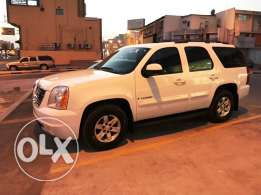 GMC YUKON V8 for sale