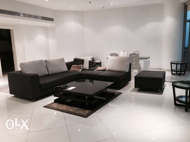 EXECUTIVE 2 bedroom fully furnished apartment