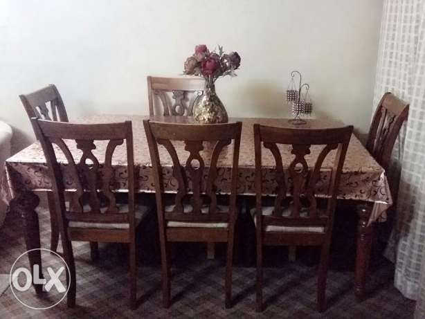 6 piece wooden Dinning set