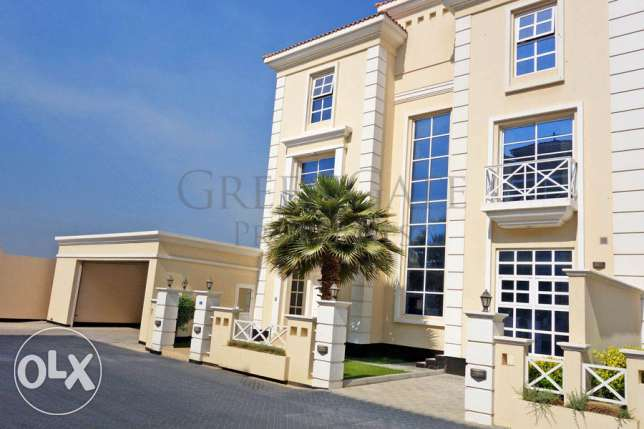 Bright and Airy 4 Bedroom Compound Villa