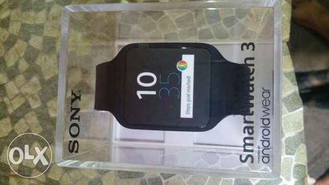 Brand new sony smart watch3 4gb rom