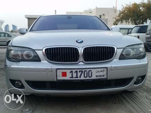 For sale Bmw 730 , model 2008 , Km 135000 , silver