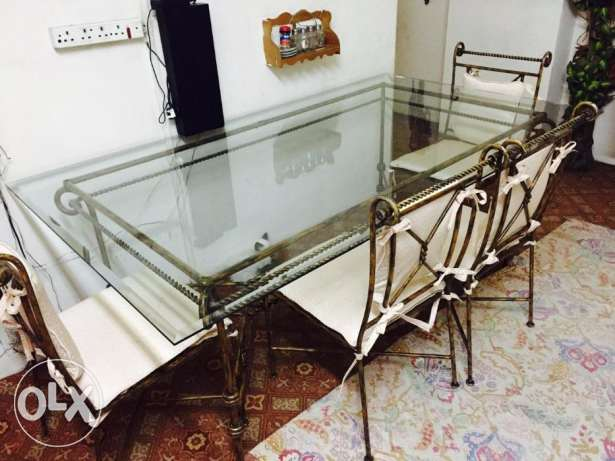 Dinning Table and Sofa Set for sale Excellent condition المنامة -  7