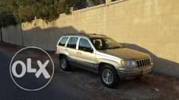 GRAND CHEROKEE V8. Must sell URGENTLY. Great condition.