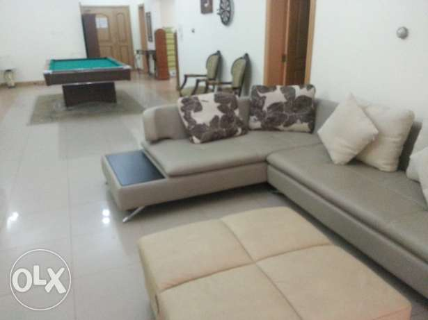 Juffair 1BR Penthouse, Very Spacious modernly furnished bright