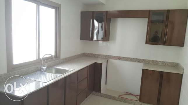 New hidd,, unfurnished 3 BHK flat + balcony