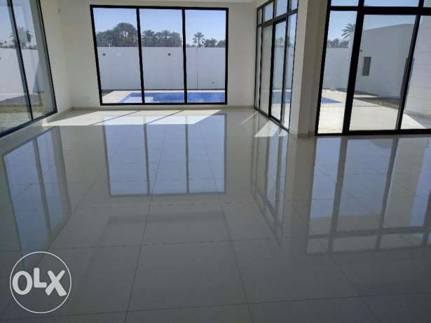 Modern 5 bedroom semi furnished flat for rent - all inclusive