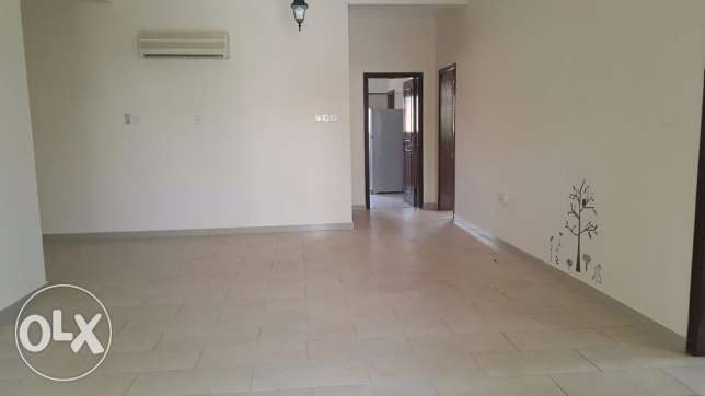 4 Bedrooms Semi Furnished VILLA in Janabiya for Rent جانبية -  3