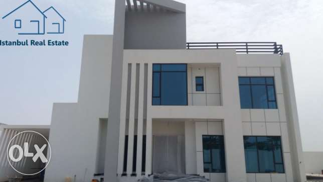 Sea View Luxury Villa with Elevator, Garden, Pool