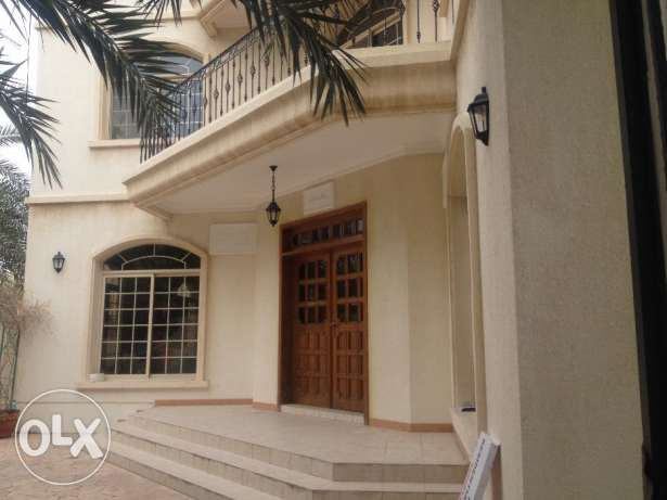 Commercial/Residential Villa for rent 1600 at Mahooz