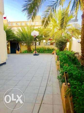 Rent upscale and large villa in sanad 606 Square meters