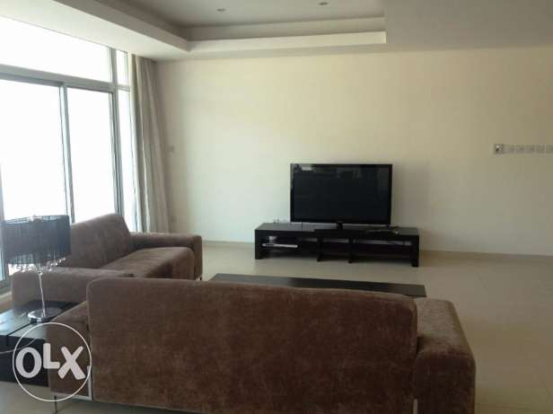 Lovely 2 Bedrooms apartment modern furniture fully furnished full Sea