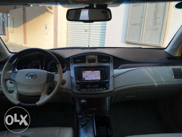 Toyota Avalon 2012 for Sale المنامة -  4