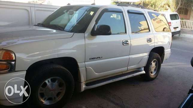 GMC Yukon Denali 2003 Accident free clean