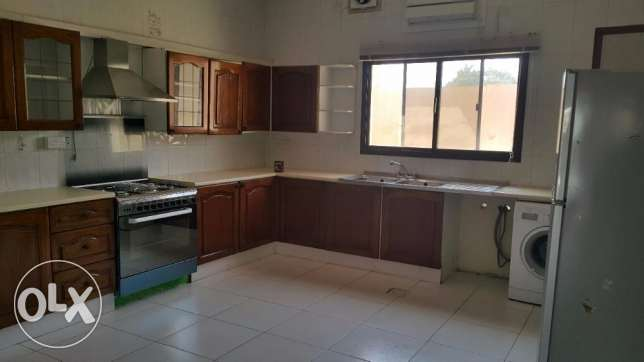 4 Bedrooms Semi Furnished VILLA in Janabiya for Rent جانبية -  5