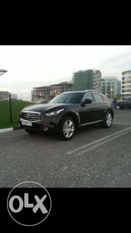 For sale infiniti 2012 model (black)