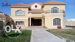 RIFFA LUXURY 6 BEDROOM SEMI 2 Storey Villa with Pvt.Garden for rent