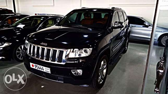 Jeep Grand Cherokee Overland 2012 Fully loaded