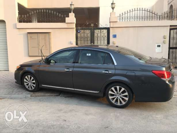 Toyota Avalon 2012 for Sale المنامة -  2