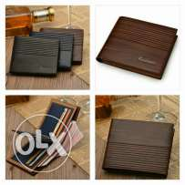 High Quality Vintage Men Genuine Leather Wallet Only for 6BD.