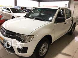 L200 D/Cab 2.4 Petrol, 2012 model excellent condition for quick sale