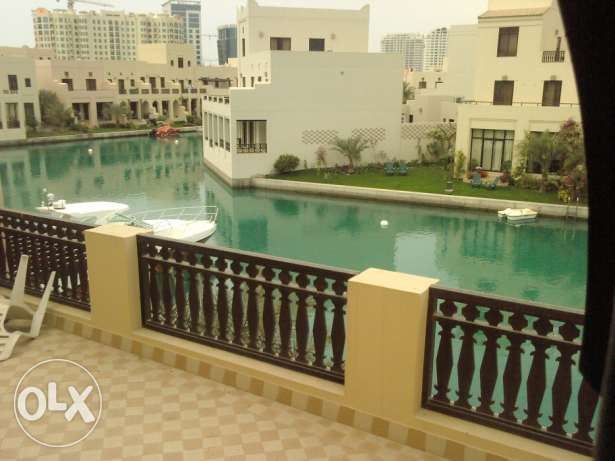 For Rent Floating City, Amwaj Island, 3BR + Maids Villa. Fully Furnish