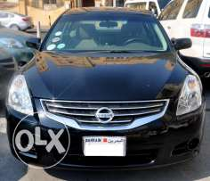 nissan altima 2012,good condition non accident,providing bank loan...
