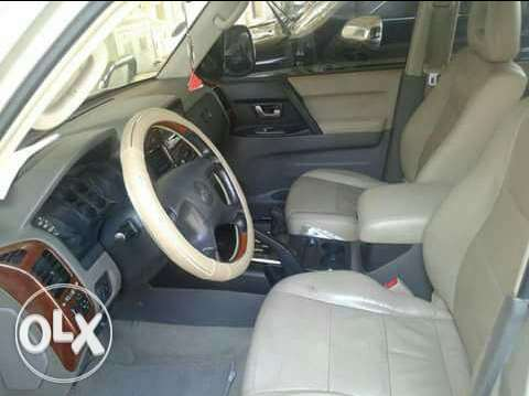 Mitsubishi Pajero for sale in excellent condition. Insurance and pass