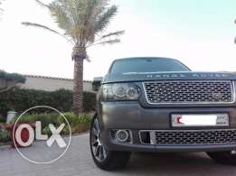 Range Rover 2009-Updated to 2012 Autobiography -Low KM & Excellent con