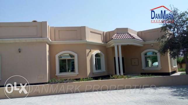 Single Storey 4 BR Semi Villa with Pvt.Garden & Pool for rent BD1000/-