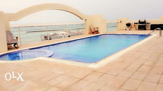 2 Bedroom Amazing Modern Apartment in Amwaj