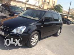 Kia carnival model 2008 very clean car free accident in good condition