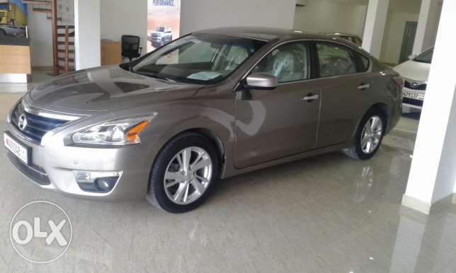 Nissan altima 2.5SV model 2014 for sale