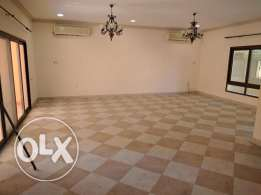 Commercial Villa for rent with 6 Rooms in Adliya