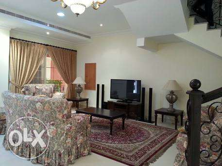 fully furnished villa with private pool close to causeway