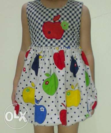 Dress 2-3 years: 1.500 BD