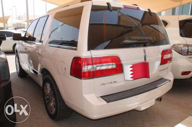 Lincoln Navigator like new جد حفص -  3