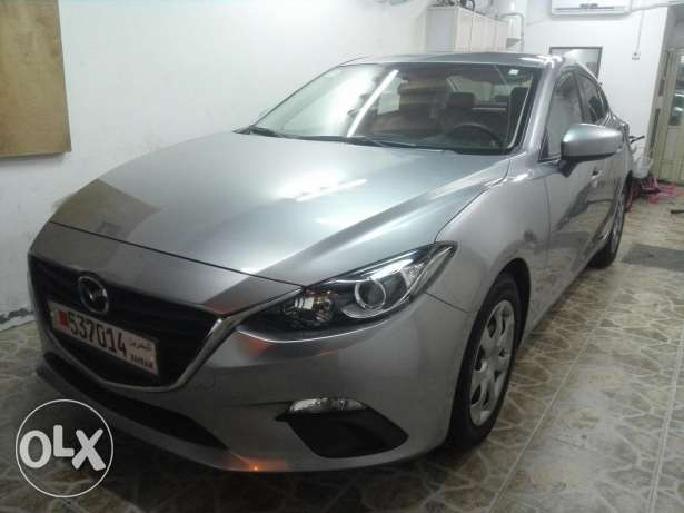 Mazda 3 2015 very good condition very low mileage