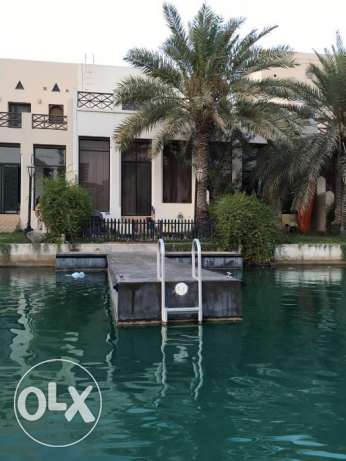 Villa for rent in Amwaj Island , floating city with sea view