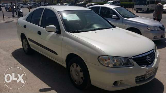 Nissan sunny 2010 model for sale in excellent condition