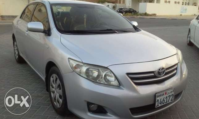 Toyota Corolla 2010 Accident free 1.8 silver passing insuran nov 2017.