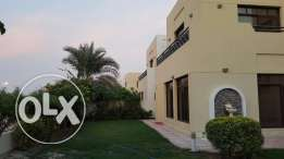 Luxury Spacious Villa In Riffa Views For Sale