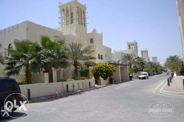 4 Bedroom Modern villa with excellent amenities near British School