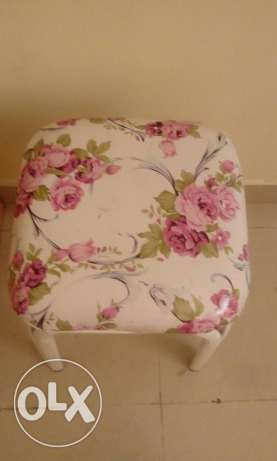 Stool in good condition...white and pink colour